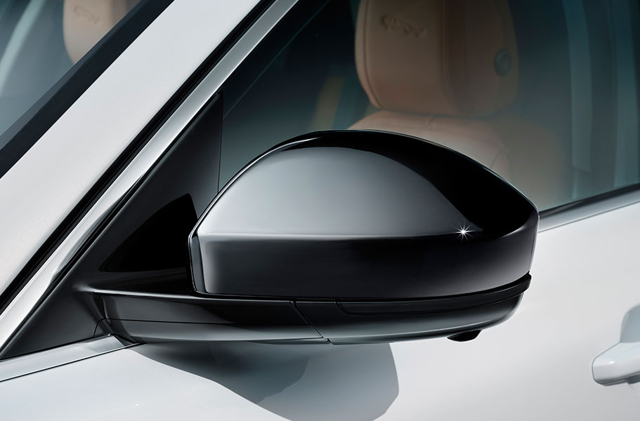 Jaguar F-PACE Gloss Black side power vents