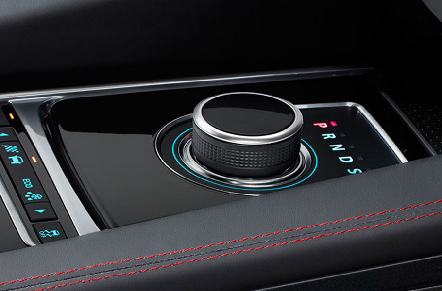 Jaguar F-PACE Manual and Automatic 8 Speed Transmission
