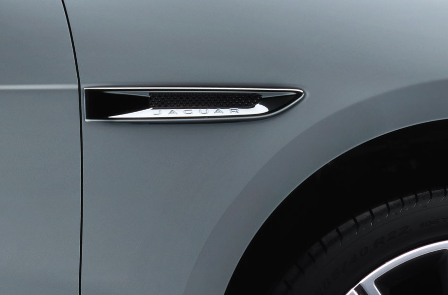 Jaguar F-PACE Chrome Side Vents