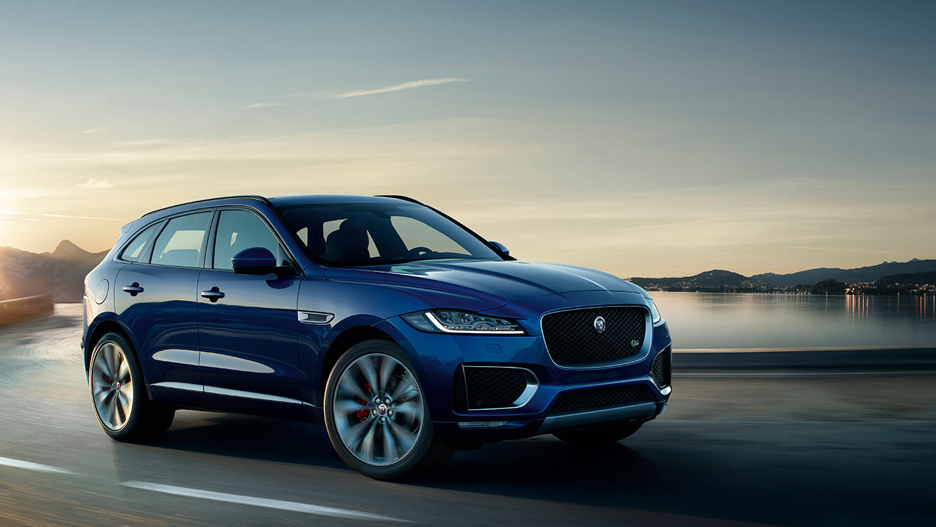 Jaguar f pace praktische sportauto performance suv for Interieur jaguar f pace