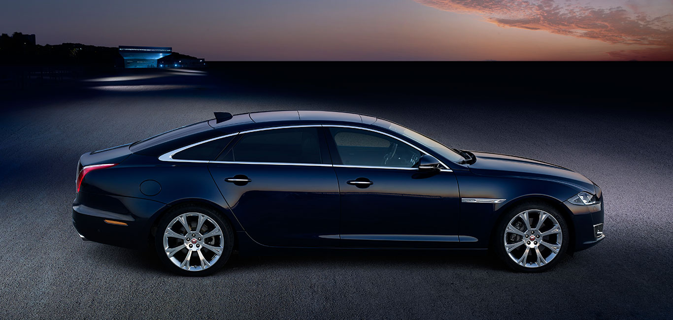 Incroyable Jaguar XJ   Luxury Saloon Car Exterior   Jaguar
