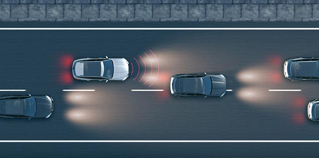 Jaguar XJ Emergency Braking