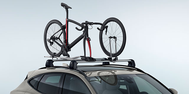 E PACE roof mounted lockable cycle carrier