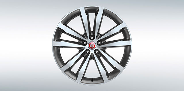 Jaguar E PACE Dynamic 20 inch 5 split-spoke Alloy Wheel with Satin Grey Diamond Turned finish