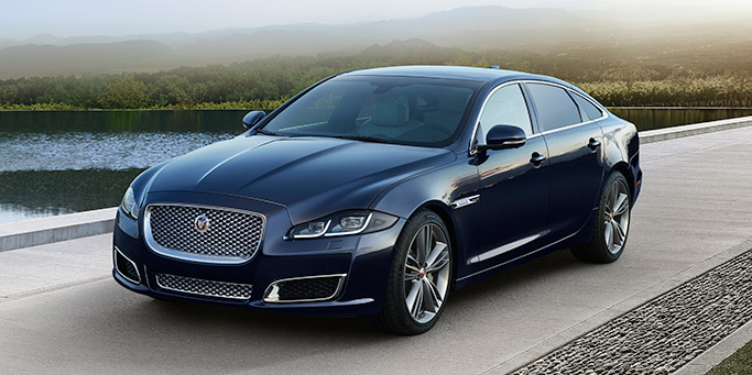 Build A Jaguar Xe >> Jaguar XJ - Luxury Saloon Model Range - Jaguar