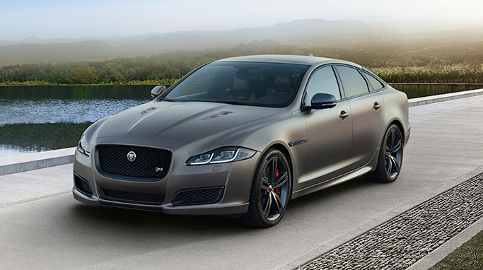 jaguar xj luxury saloon model range jaguar. Black Bedroom Furniture Sets. Home Design Ideas