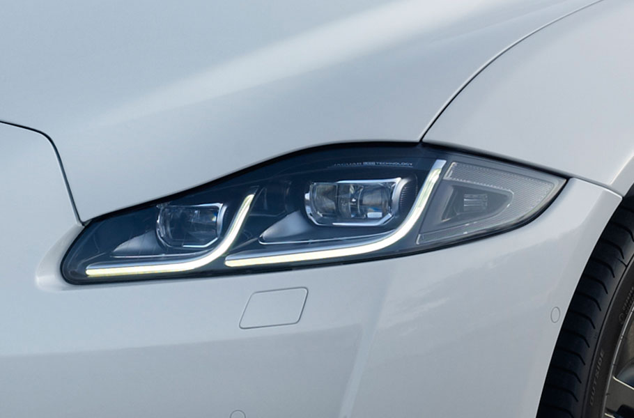 Jaguar XJ Luxury  FULL LED HEADLAMPS