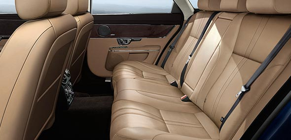Jaguar XJ Luxury Interior