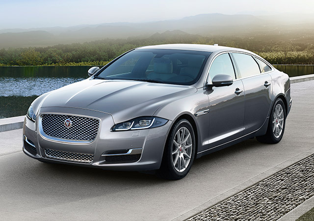 Jaguar XJ   LWB Luxury Saloon Car   Jaguar