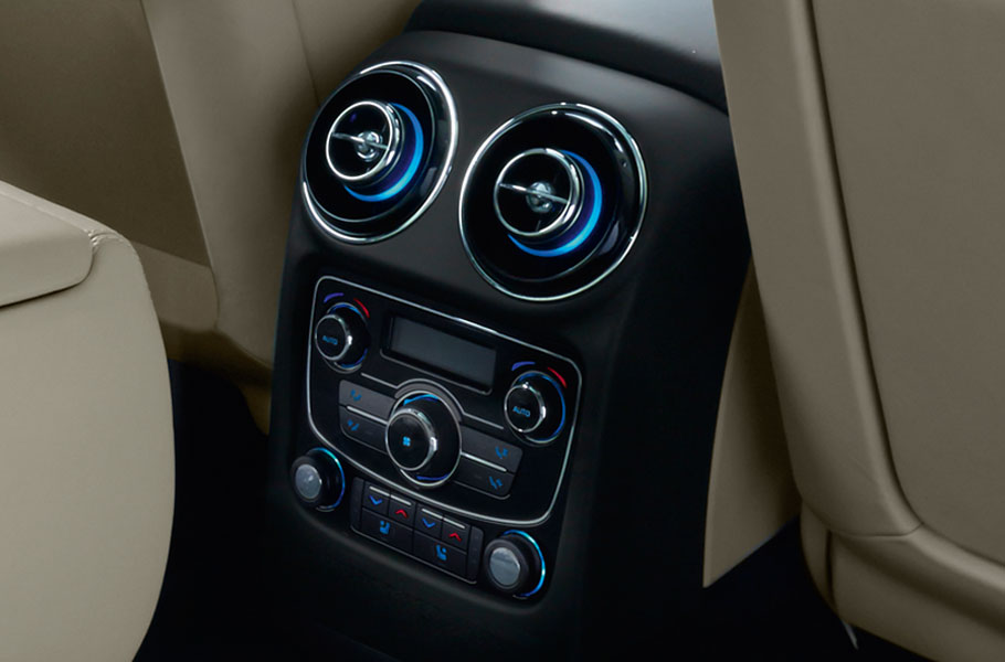 Jaguar Four Zone Climate Control