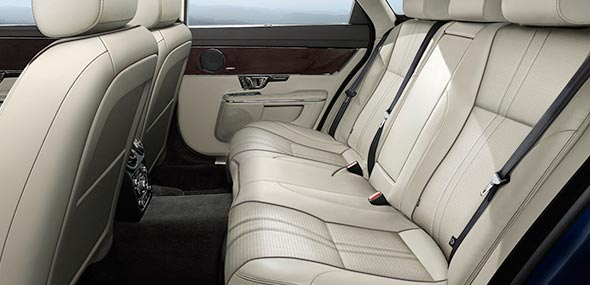 Jaguar XJ Premium Luxury Interior