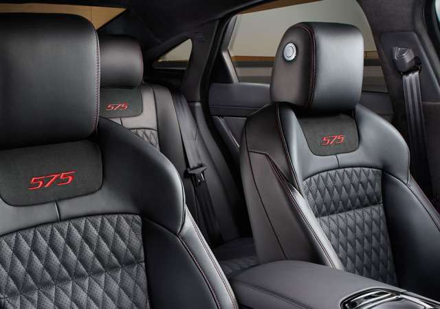 Jaguar XJ XJR575 Interior Design