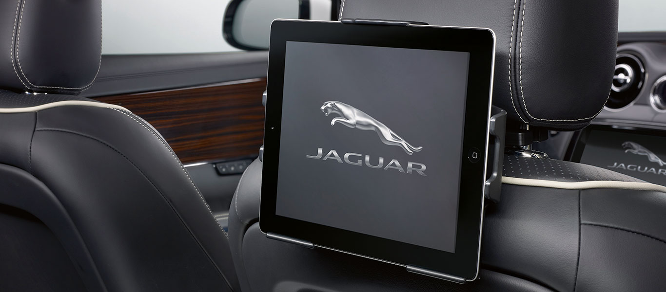 Jaguar XJ finely crafted accessories