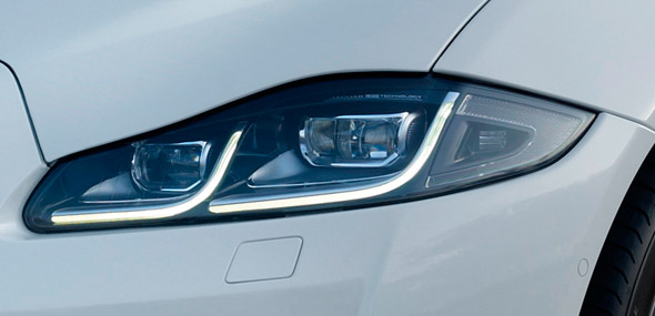 Jaguar XJ full LED headlights