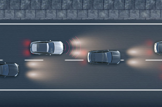 Diagram of the Intelligent Emergency Braking system detecting a potential frontal collision and braking.