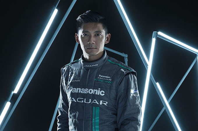 Head and shoulders shot of Jaguar Racing driver, Ho-Pin Tung.
