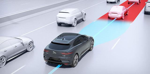 Jaguar I-PACE Adaptive Cruise Control With Steering Assist