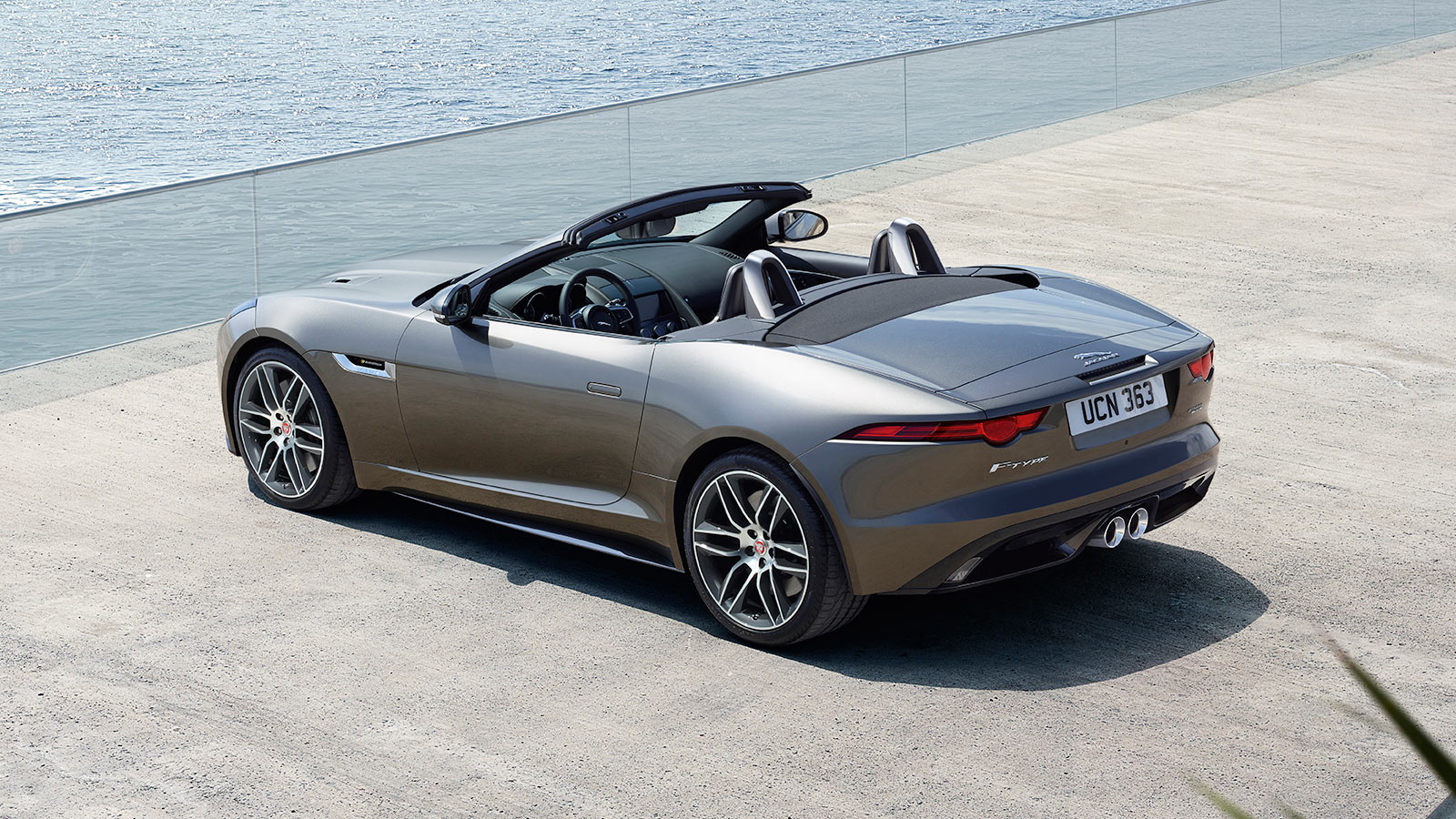 F-TYPE R-DYNAMIC AWD IN SILICON SILVER WITH OPTIONAL FEATURES FITTED.