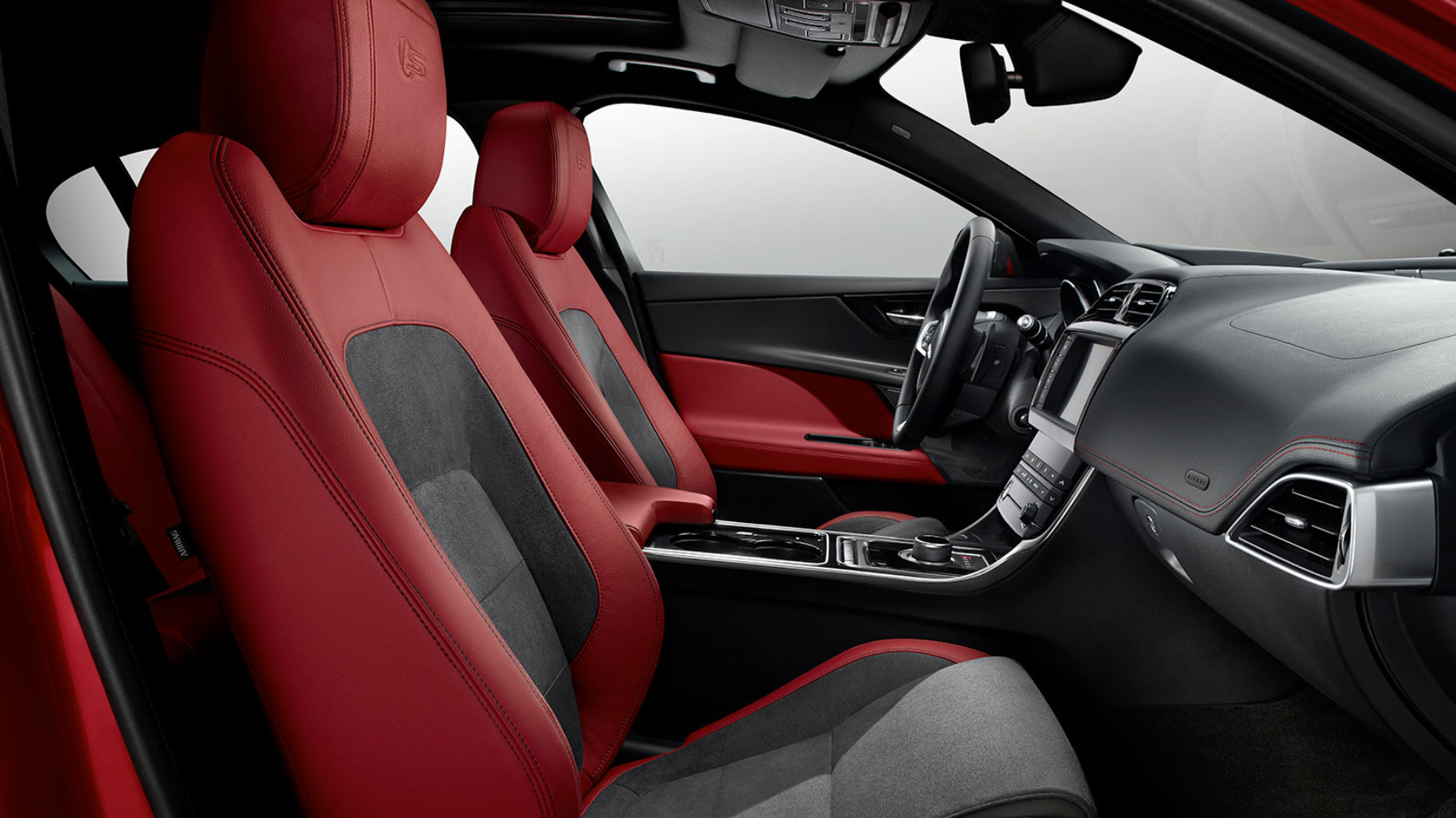 JAGUAR XE Interior Front Seats From a Side View.
