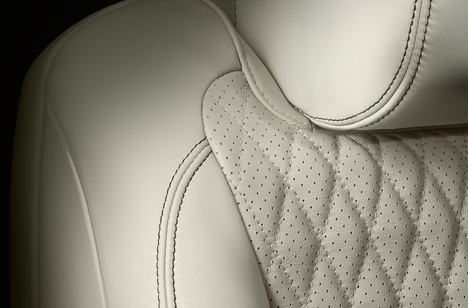 Jaguar XJ Ivory Interior Seats