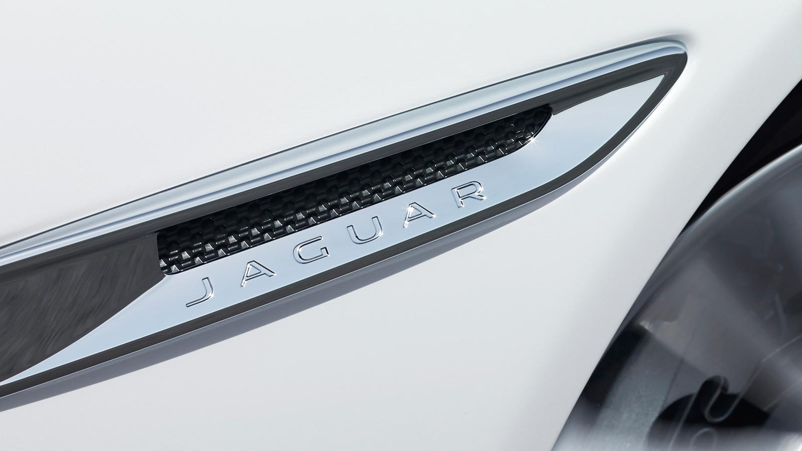 Jaguar Chrome Side Vents