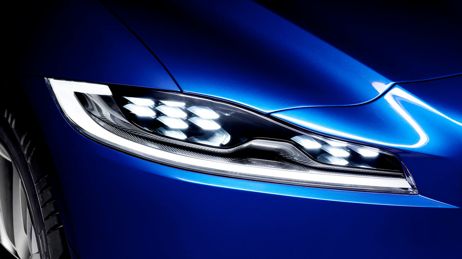 Jaguar C-X17 front Headlight.