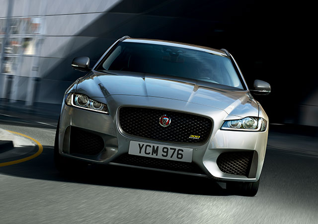 Jaguar XF 300 Sport's exclusive logo features on the front grille, the brake calipers and rear of the XF 300 SPORT.