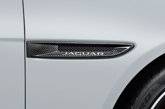 Jaguar XF Carbon Fibre Pack.