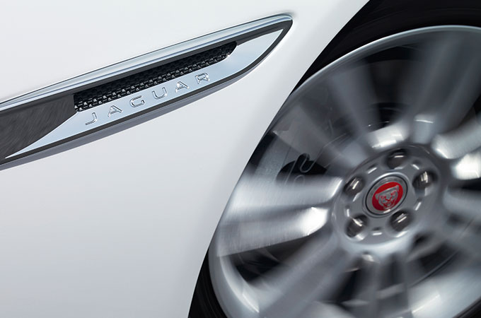 Jaguar XF - Chrome Side Vents.
