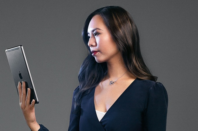 Linh Nguyen Slater develops the interfaces for artificial intelligence in the self-learning car.