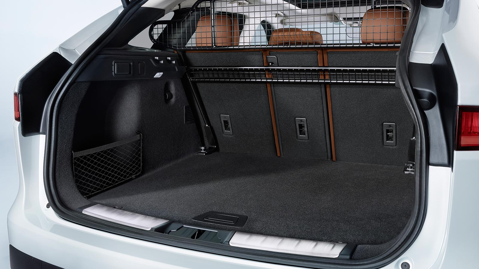 Jaguar F-PACE Loadspace Floor