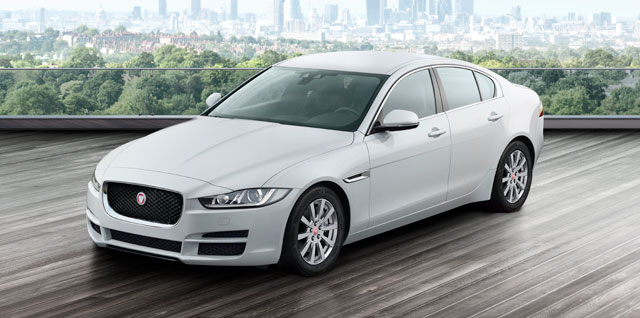 jaguar xe un nuevo concepto de berlina deportiva. Black Bedroom Furniture Sets. Home Design Ideas