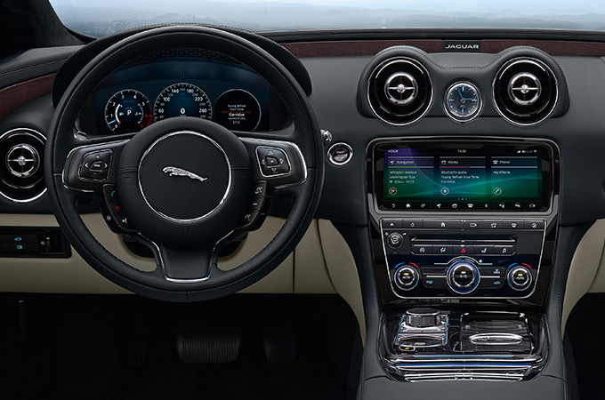 Jaguar XJ Steering Wheel and Infotainment System.