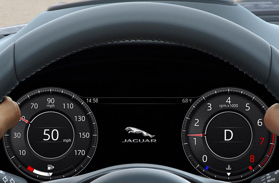 E-PACE Interactive Driver Display.