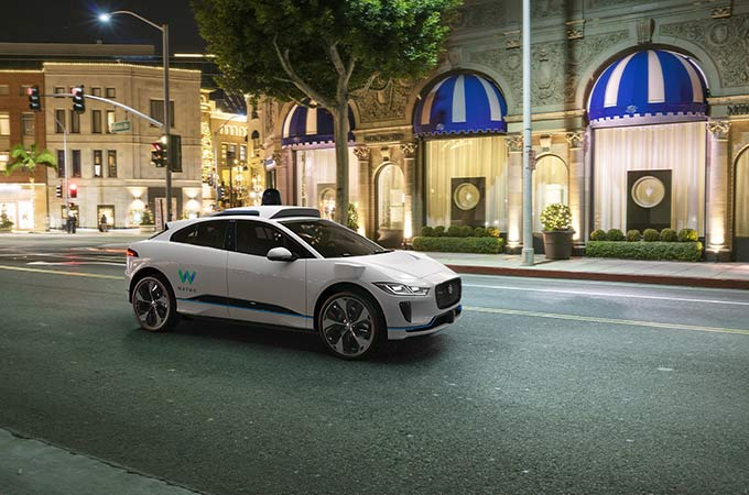 jlrwaymoipace-news-680x450-EVO