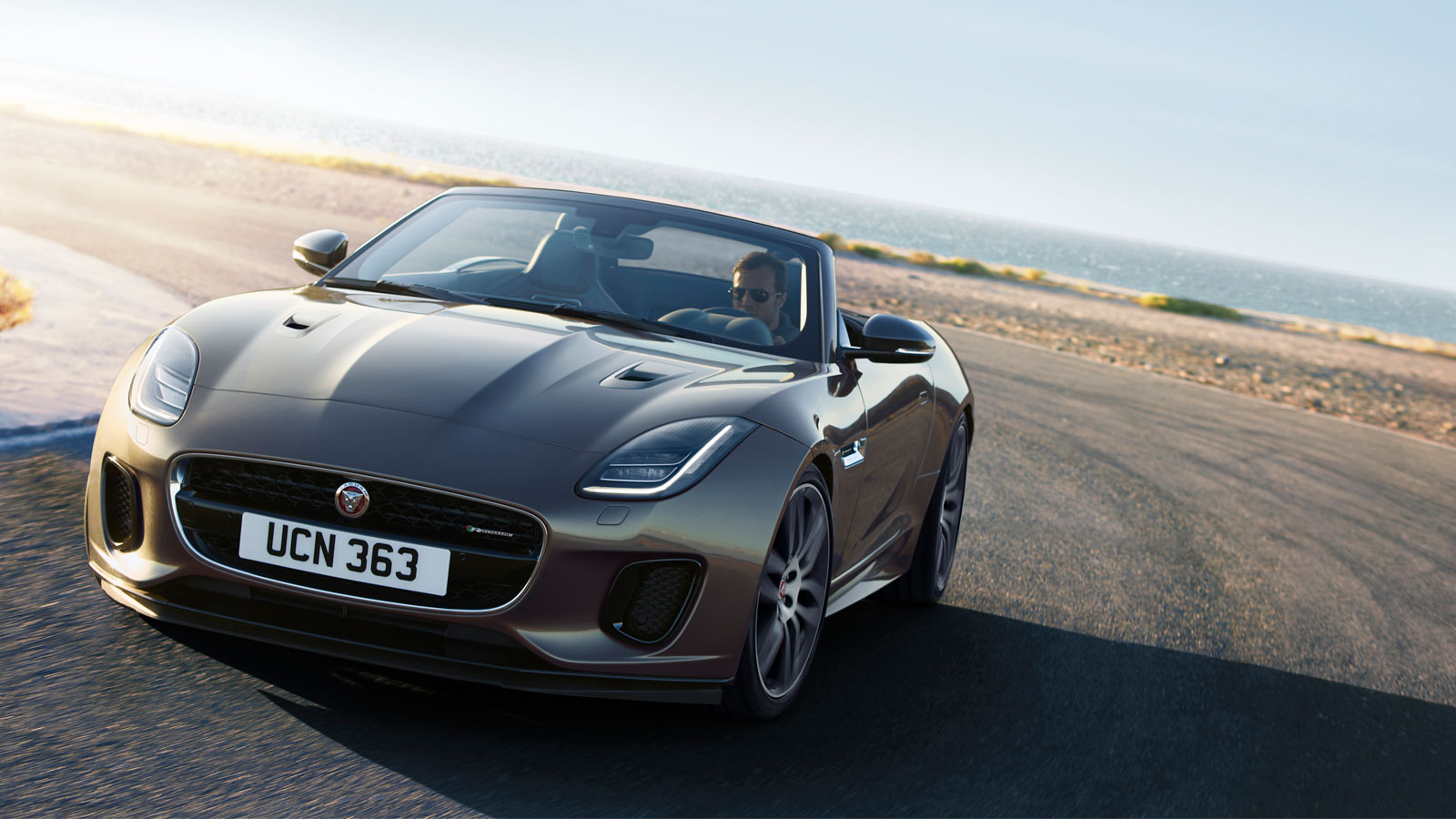 F-TYPE R-DYNAMIC AWD IN SILICON SILVER WITH OPTIONAL FEATURES FITTED