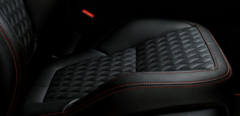 Jaguar XJ Twin Needle Stitching Seats