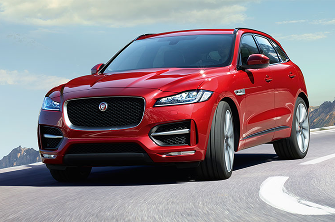 F-PACE IN RED