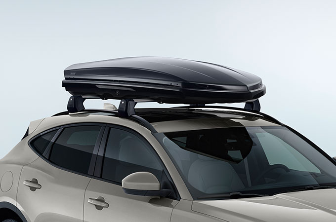 Roof Sport Box on E-PACE.