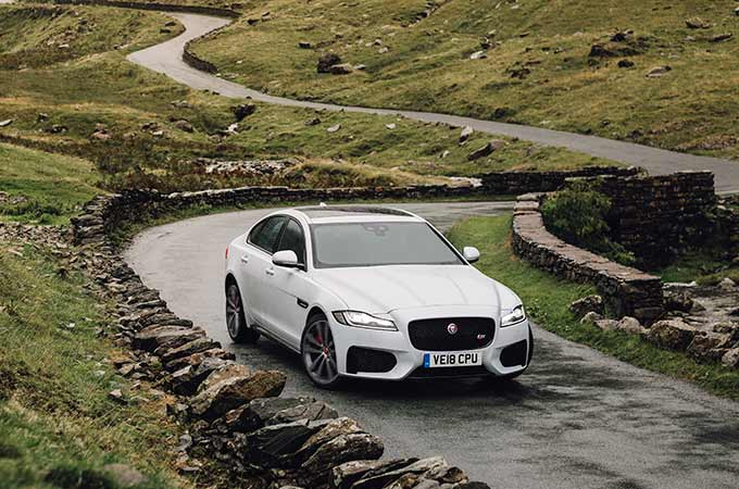 White XF, Drive through country side