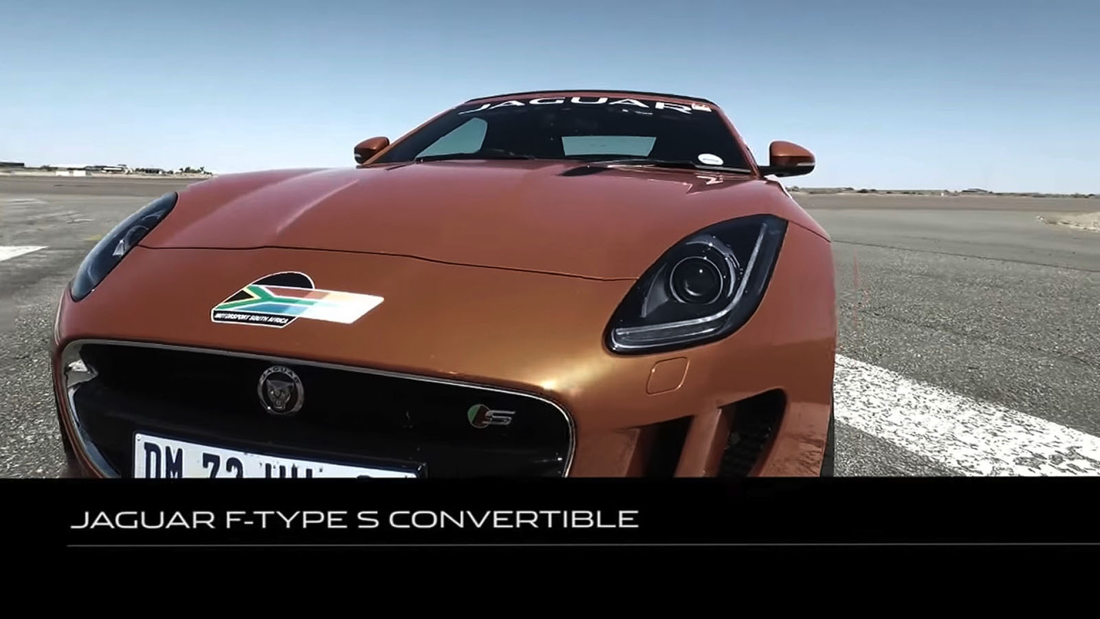 F-TYPE Convertible video still.