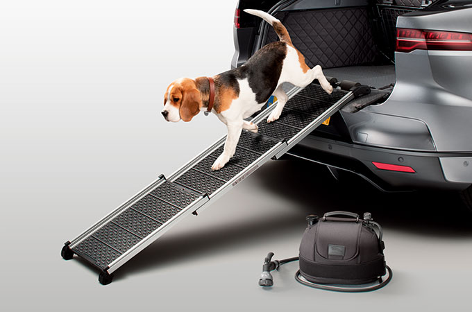 I-PACE Pet Care Accessory Pack.